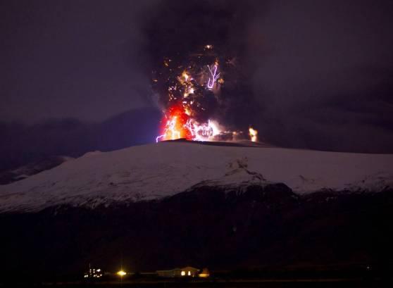Godzilla Eyjafjallajokull volcano lightning, bitches. You see Him, don't you?