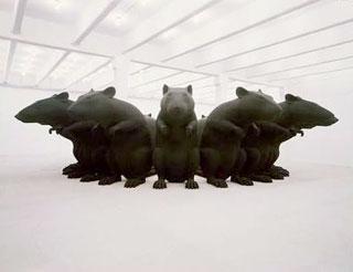 Rat King sculpture, RATTENKONIG! COWER, MORTALS!